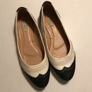 KIMCHI BLUE Flats Shoes Size 10 Urban Outfitters